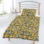 Despicable Me Minions 4 in 1 Junior Bedding Bundle (Duvet, Pillow and