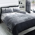 New York City Black Double Duvet Cover and Pillowcase Set