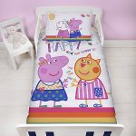 Peppa Pig Hooray 4 in 1 Junior Bedding Bundle Set (Duvet, Pillow and