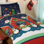 Santa's Grotto 4 in 1 Christmas Junior Bedding Bundle (Duvet, Pillow