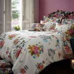Sweet Vintage King Size Duvet Cover and Pillowcase Set