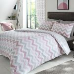 Metro Chevron Double Duvet Cover Set – Pink / Grey